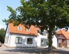 """Lejlighed Helt ny istandsat 3v lejlighed i Askeby / Møn, i den """"gamle bankbygning"""""""
