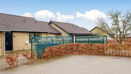 Hus/villa 2 værelses hus/villa på 63 m2