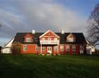 Hus/villa Halvdelen af stort hoved hus på gård i Mårum udlejes